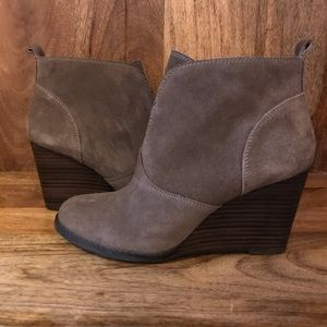 Lucky Brand great suede booties